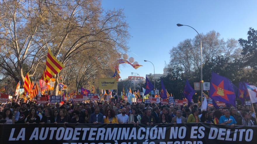 Cabecera de la manifestación 'La autodeterminación no es un delito', este sábado en Madrid