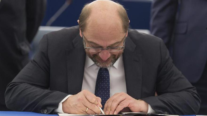 """Martin Schulz descarta medirse con Merkel en las próximas elecciones, según """"Spiegel"""""""
