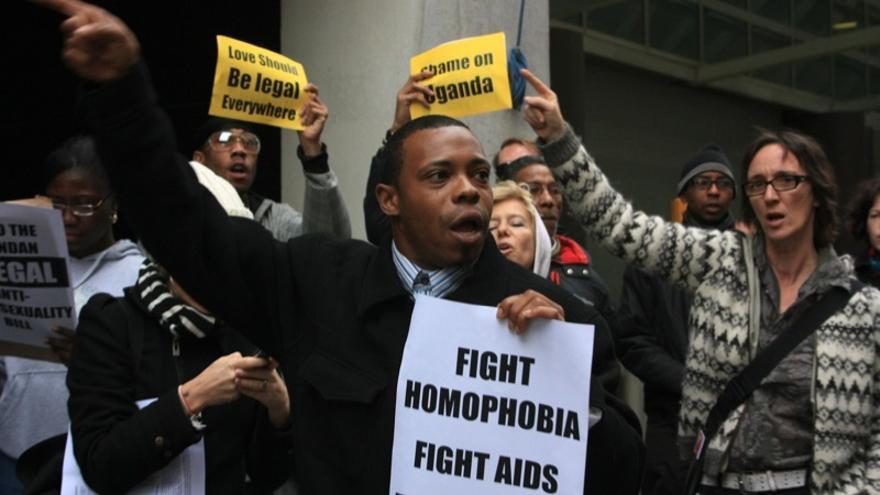 Protesta en Uganda contra la nueva ley contra la homosexualidad / Kaytee Riek