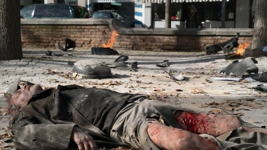 Otro famoso actor queda destrozado y cubierto de sangre en 'Sin identidad'