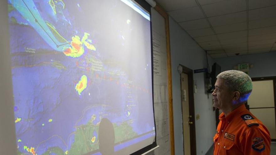 """Harvey se """"regenera"""" y se convierte en una depresión tropical en el Golfo de México"""