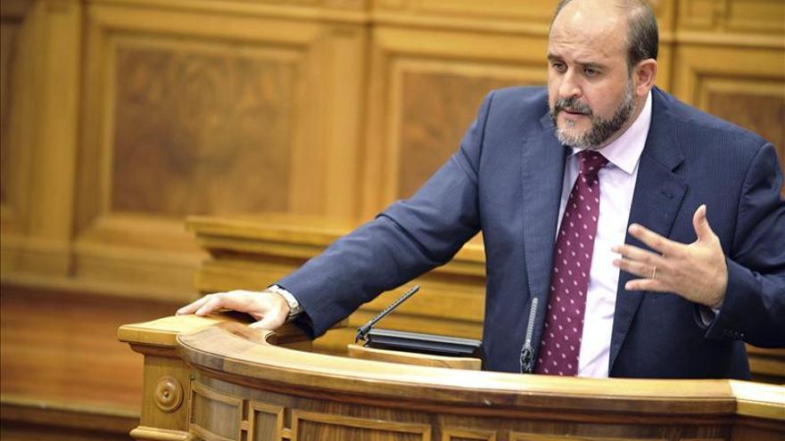 El PSOE pide a Martínez Tristán que se inhiba en la comisión de servicio de Ruz