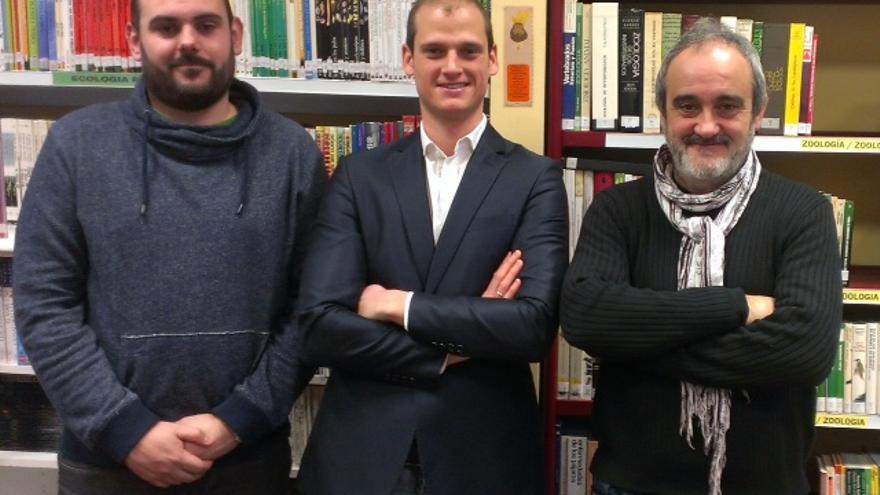 De izquierda a derecha; Xabier Iglesias (Equo Araba), Alejandro Plan (Partido M+J) y Javier Goikoetxea (Plan Biko).