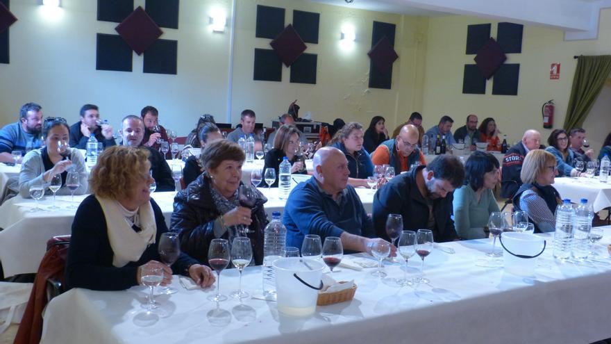 En la imagen, una cata del encuentro Rewine celebrado en Garafía.