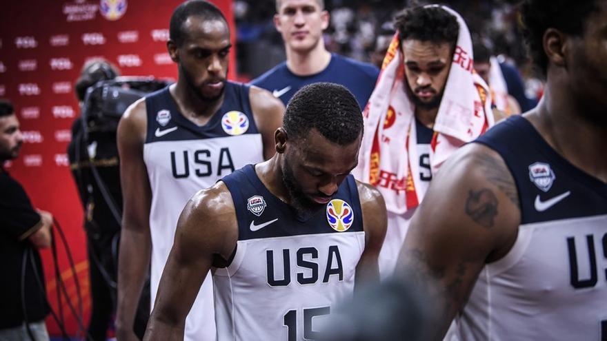 Los jugadores de Estados Unidos tras su derrota ante Francia que les deja fuera del Mundial.