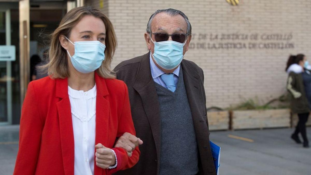 El expresidente de la Diputación de Castellón Carlos Fabra tras declarar ante el juez Jacobo Pin.