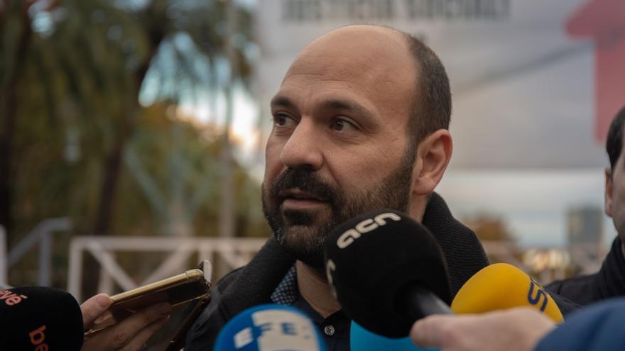 """Òmnium acusa al Supremo de falta de imparcialidad por ceder a las """"presiones"""" de los bancos"""