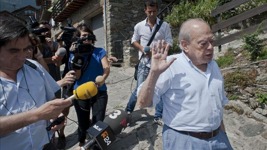 La querella de Manos Limpias acusa a Pujol de 7 delitos e implica a Marta Ferrusola