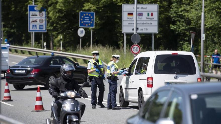 Austria abre todas sus fronteras, menos con Italia, y pide paciencia a España