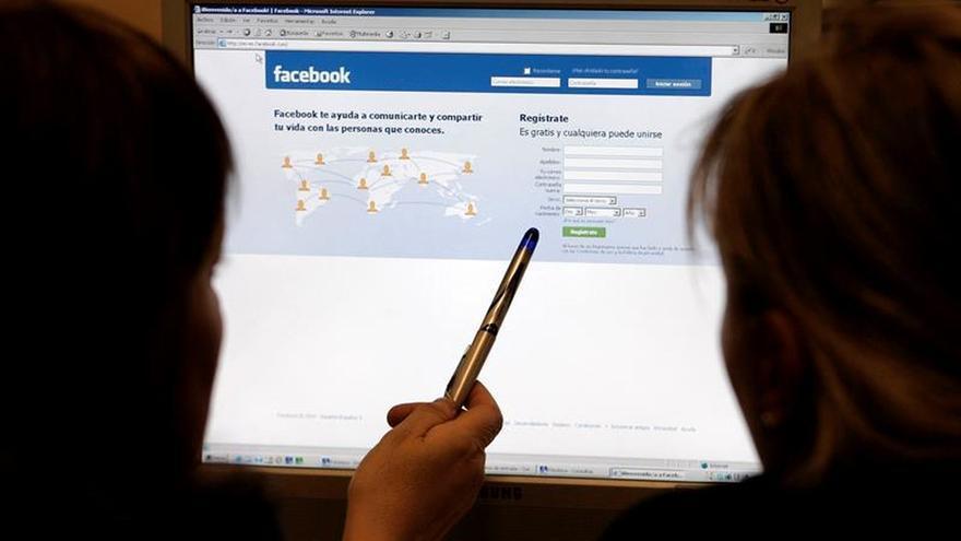 """Facebook afirma tras la polémica: """"Nunca venderemos tu información a nadie"""""""