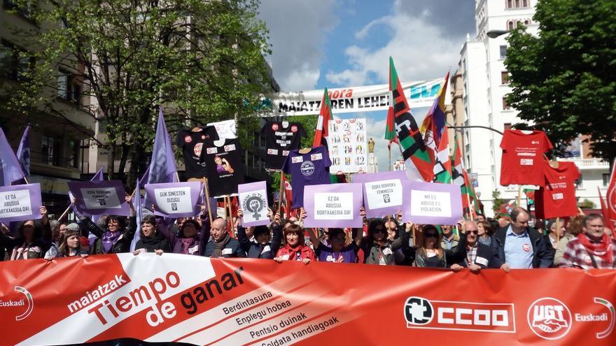 """CCOO y UGT reclaman """"una retirada clara y rotunda"""" del acuerdo de empleo para retomar el diálogo social"""