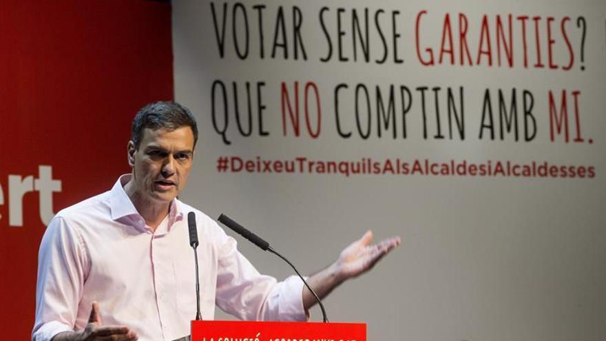 Sánchez traslada a Iglesias que la comparecencia de Rajoy debe ser tras el 1-O