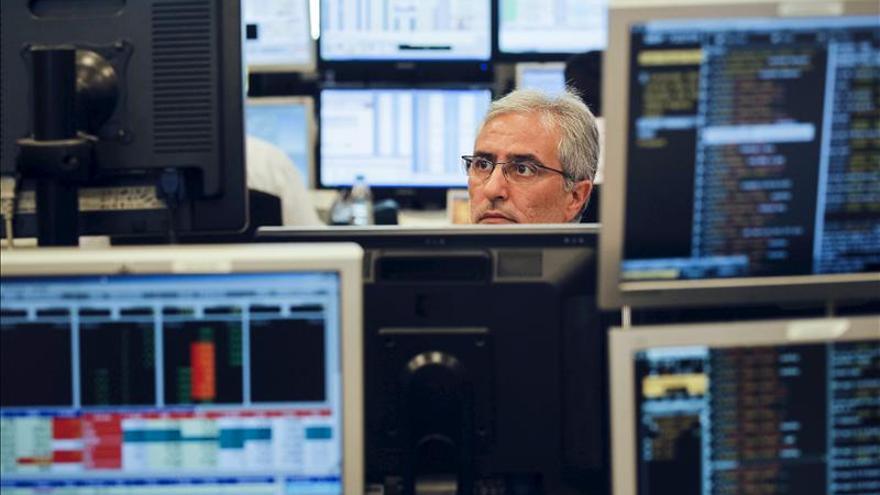 España espera captar hoy 4.000 millones de euros en bonos y obligaciones