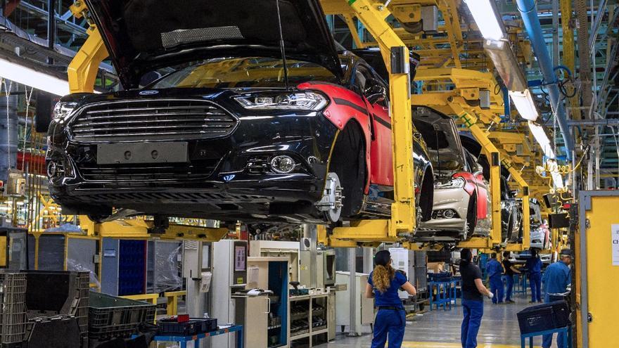 La espuma de los asientos de Ford contiene más de un 50% de CO2 en su composición.