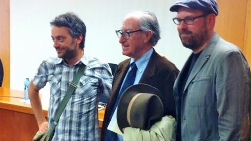 Xulio Ferreiro, Vicenç Navarro y Martiño Noriega en A Coruña