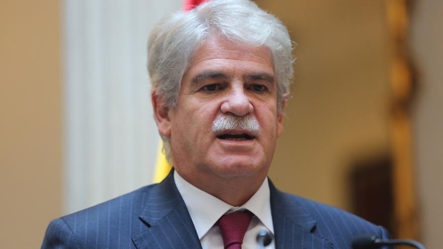 Dastis cree posible que haya intentos de desinformación rusa en las elecciones catalanas