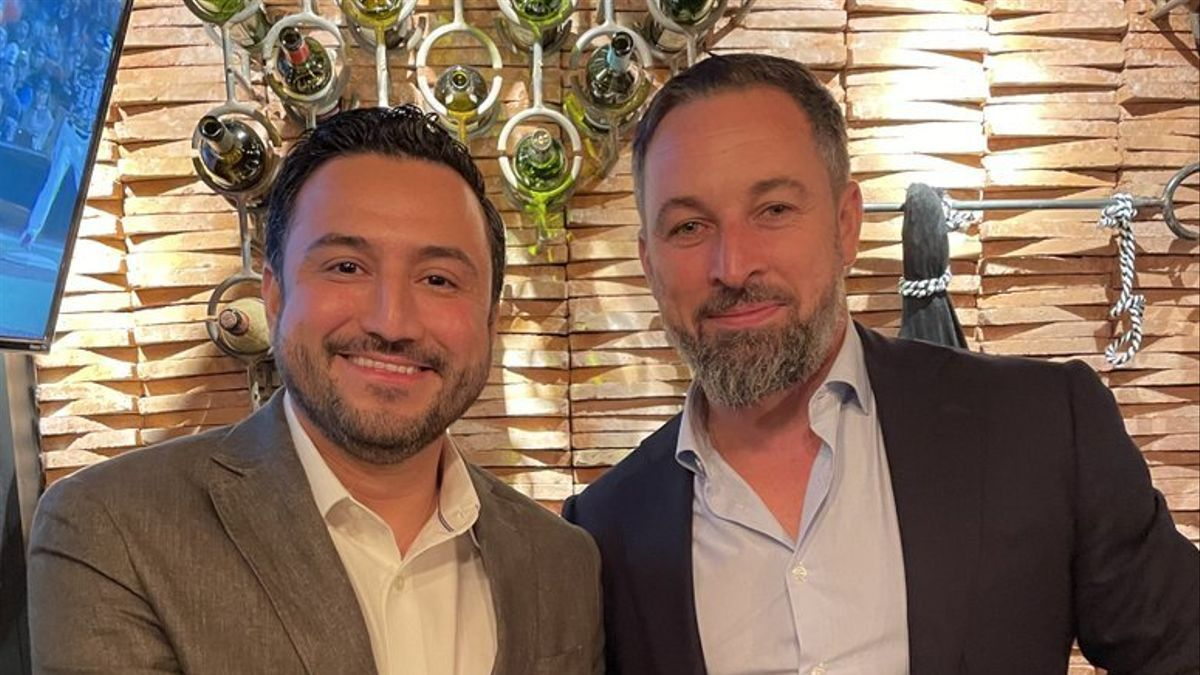 Christian Camacho junto a Santiago Abascal.