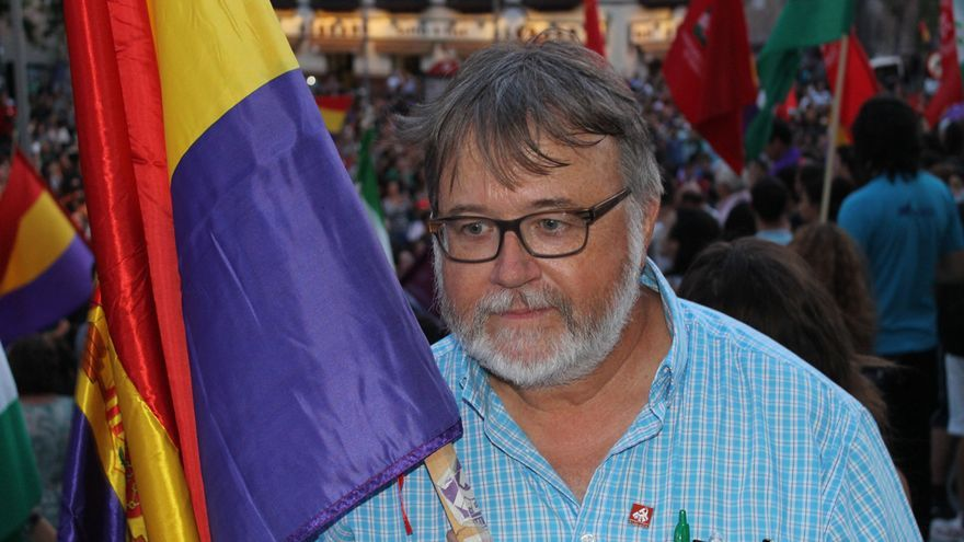 Robert Alen (58 años).