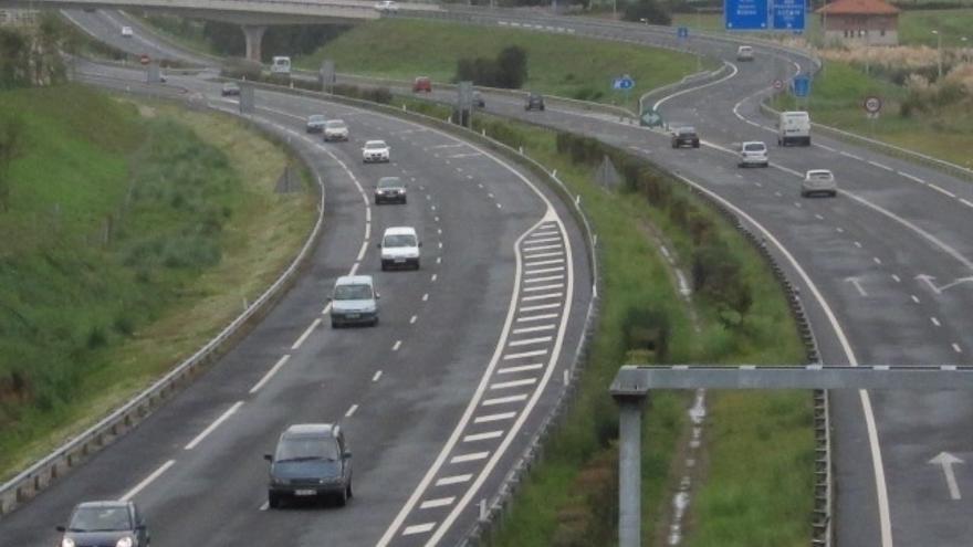 Fomento invierte 12,6 millones en conservación de carreteras en Cantabria