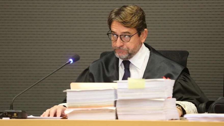 Salvador Alba, en la vista previa del caso Unión. (ALEJANDRO RAMOS)