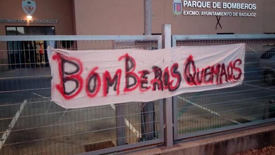 Bomberos de Badajoz protesta