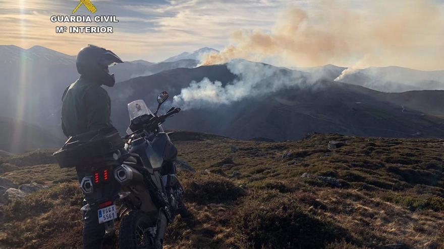 La Guardia Civil investiga a otro hombre como presunto autor de un incendio forestal en San Roque de Río Miera