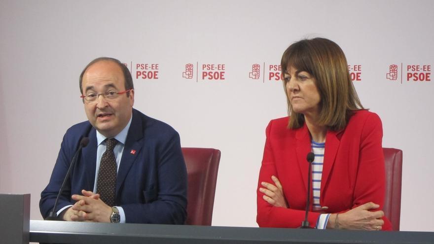"""Iceta cree que Susana Díaz ha hecho """"una exhibición de apoyos notable"""", pero destaca que deciden los militantes"""