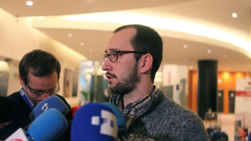 Eurodiputados de Podemos critican la reunión de Rajoy con Temer en el G20