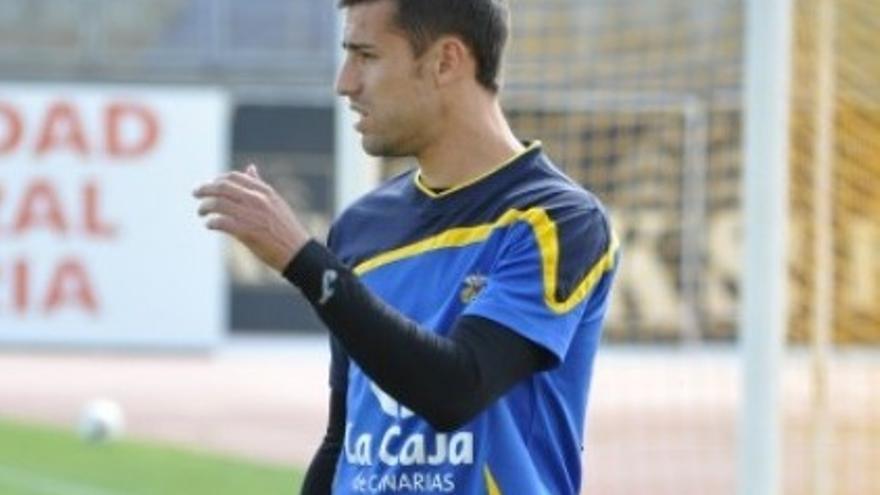 David García durante un entrenamiento (udlaspalmas.es).