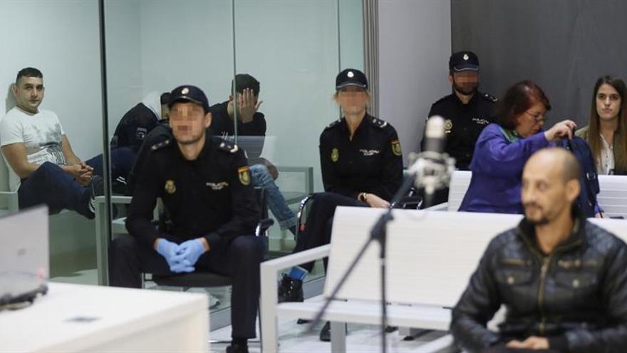 Fiscal pide hasta 12 años de cárcel para 6 acusados de célula yihadista ceutí
