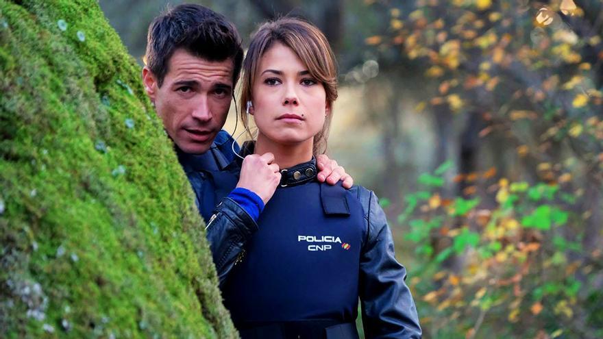 Juanjo Ballesta y Andrea del Río en Servir y proteger