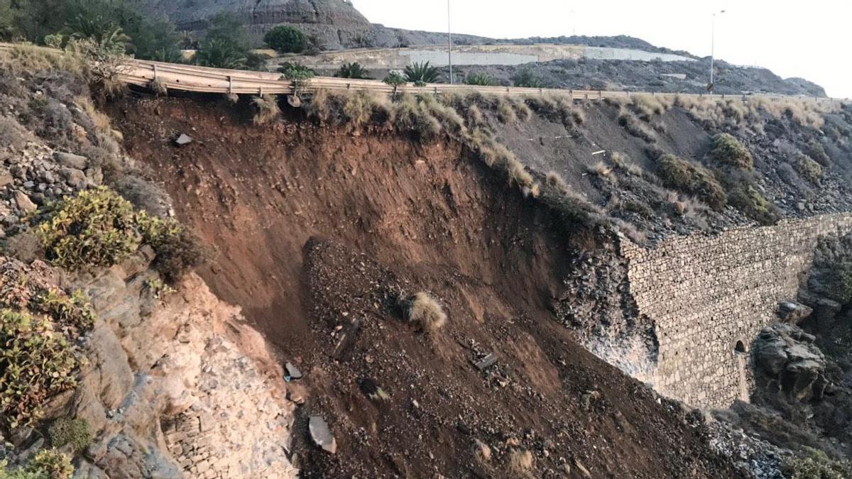 Derrumbe de un talud en la GC-1 en diciembre de 2019