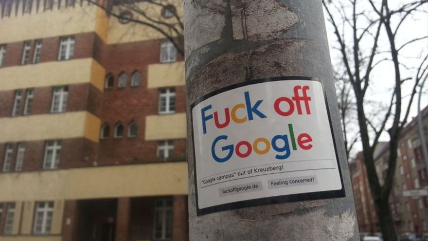 Cartel contra la implantación de un campus de Google en un barrio de Berlín.