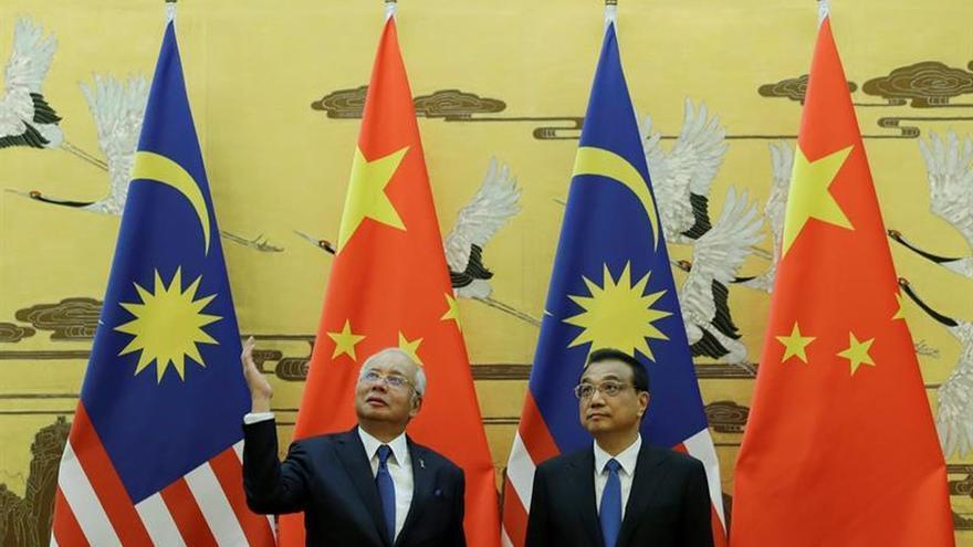 """El primer ministro malasio pide en China que Occidente no dé """"lecciones"""""""