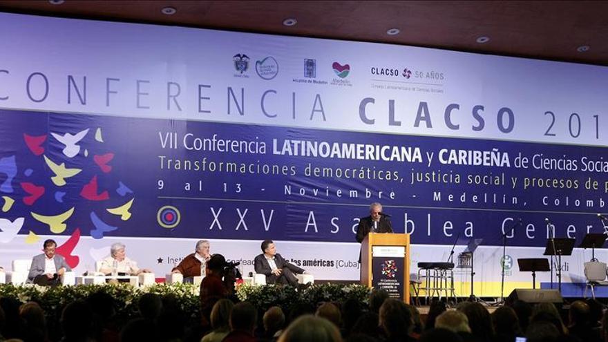 """Lula da Silva dice que en América Latina hay """"cierto olor a retroceso"""""""