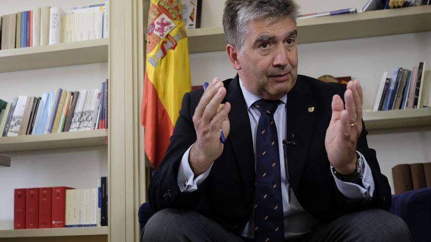 """Cosidó afirma que la preocupación en el PP por los audios de Cospedal es """"relativa"""" porque son de """"hace muchos años"""""""