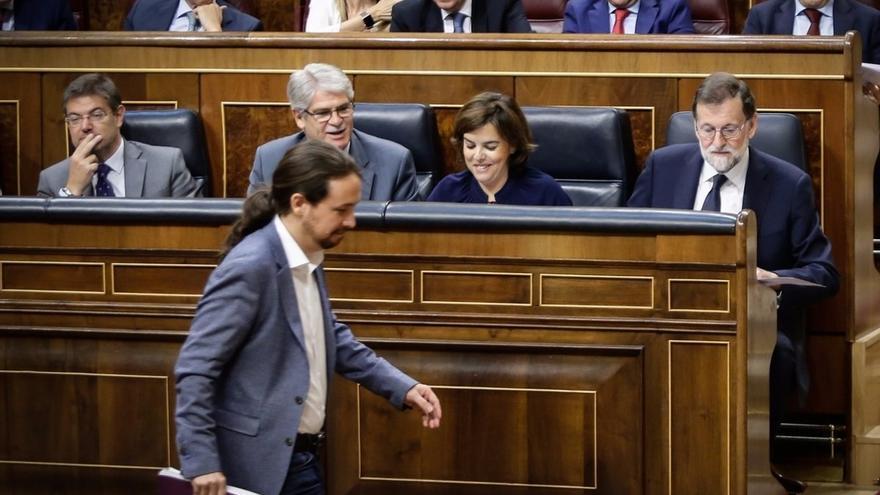 Ana Pastor suspende la sesión hasta las seis de la tarde tras casi ocho horas de debate entre Podemos y Rajoy