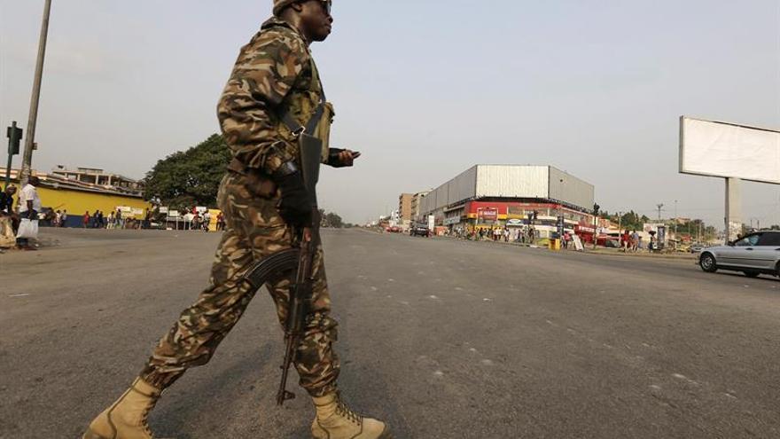 El Gobierno y militares amotinados llegan a un acuerdo en Costa de Marfil