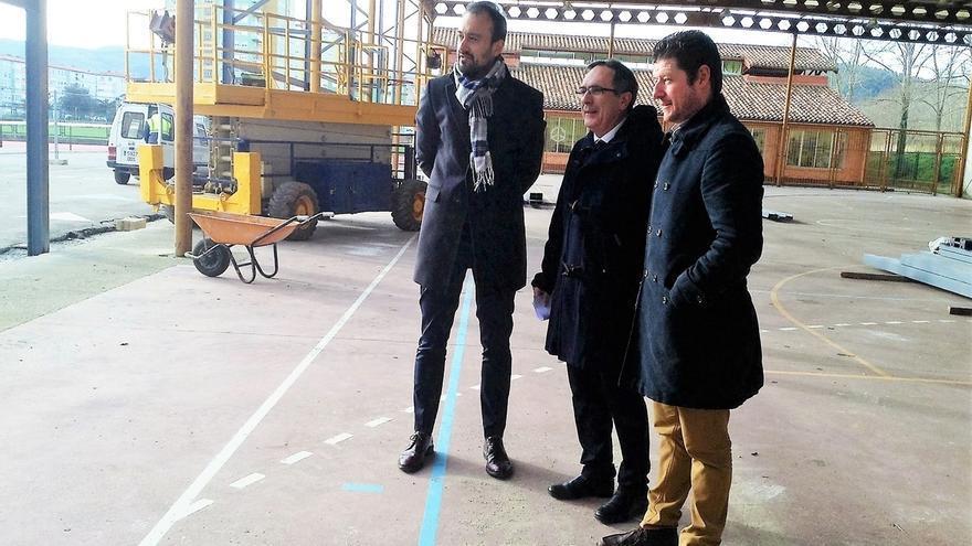 """El pabellón del colegio Mies de Vega va a """"buen ritmo"""" y estará en abril"""
