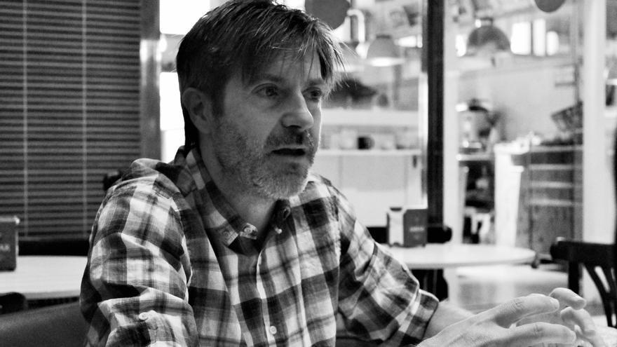 Roca acaba de publicar 'Confesiones de un hombre en pijama'. | REVISTA AMBERES