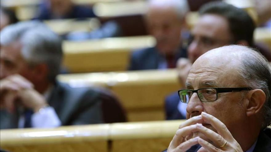 Montoro subraya la lealtad del Gobierno con Cataluña y pide cumplir la ley
