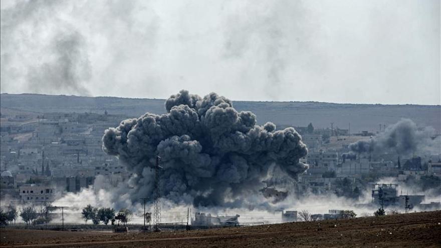 Los países de la alianza lanzan 11 ataques aéreos sobre Siria y 20 en Irak