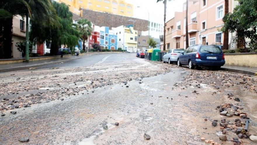 De los daños de la lluvia en LPGC (I) #2