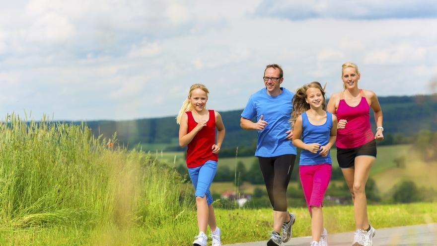 El 59% de los vascos que practica deporte lo hace en compañía de su pareja o amigos, la cifra más alta del Estado