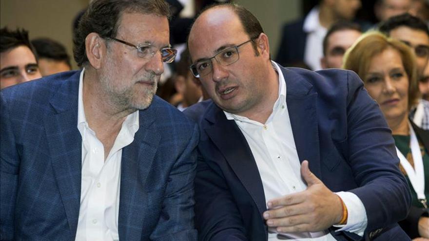 """Rajoy promete seguir ayudando a Lorca """"cueste lo que cueste"""""""
