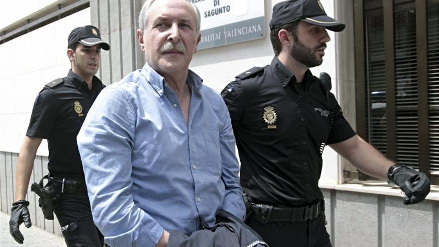 Castellano llega esposado al Juzgado de Sagunto para declarar