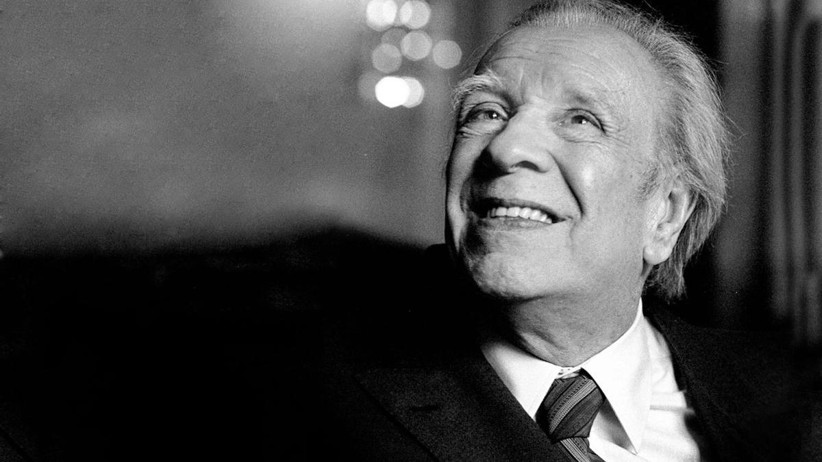 Jorge Luis Borges cumpliría 122 años.