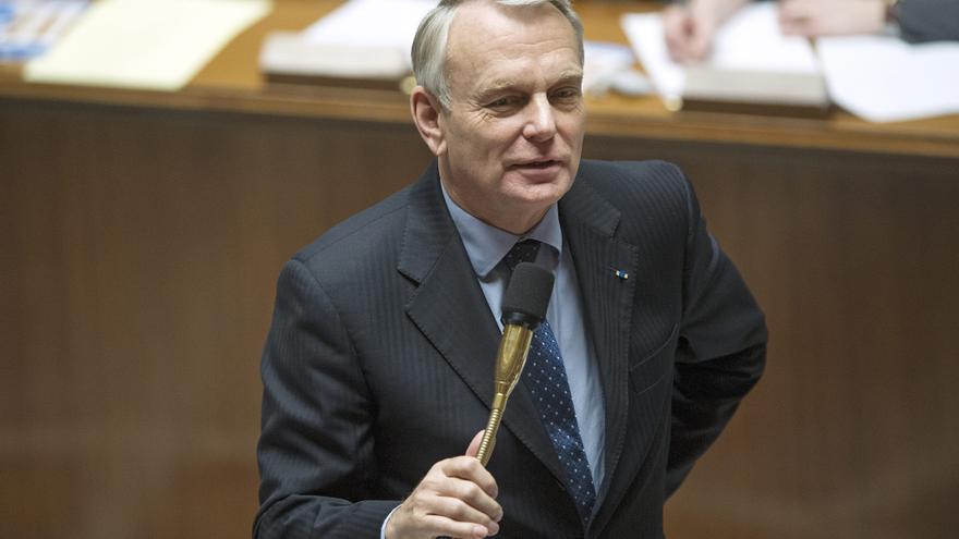 """Ayrault propone un """"nuevo modelo"""" para Francia para salir de la """"encrucijada"""""""