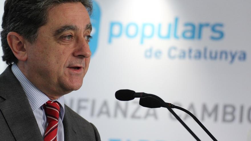 """El PP pide a Mas cambios en el Gobierno catalán y abandonar el """"delirio"""" separatista"""
