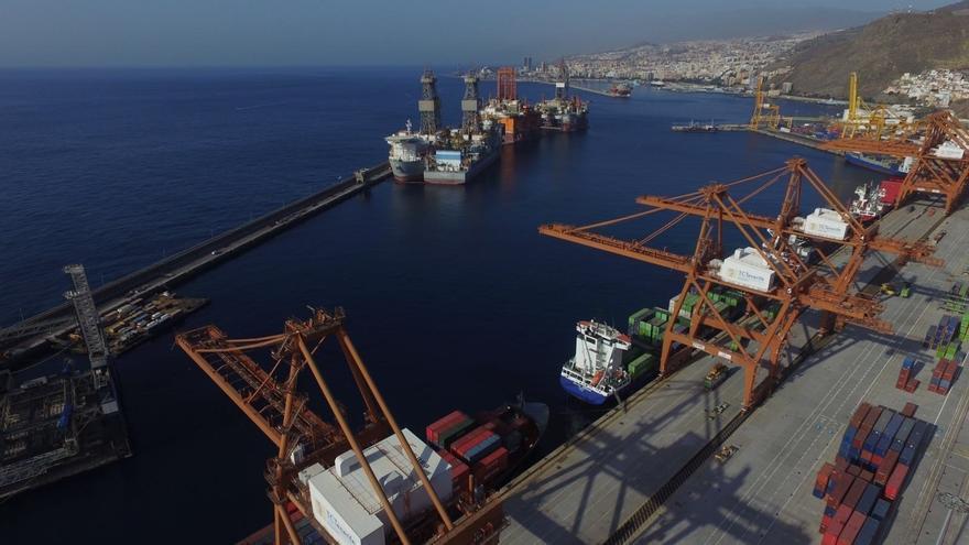 Terminal de contenedores de CAPSA, en el puerto de Santa Cruz de Tenerife